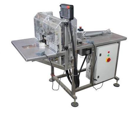 Полуавтомат для фасовки штучной  продукции в  готовые пакеты У-02 (серия 102)