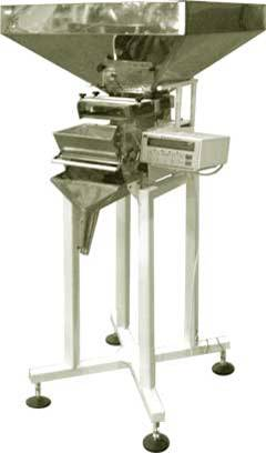 Фасовочная машина Д-03 серия М (напольная) для фасовки сыпучих продуктов